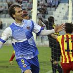 Anibal celebrando un gol