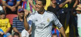 Cristiano Ronaldo ha sido desbancado del pichichi por Neymar. Lo querrá recuperar.