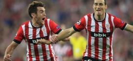 Aduriz celebra su gol 100 con el Athletic