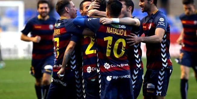 Liga Adelante + Premier League: Llagostera – Nástic / Tottenham – West Brom