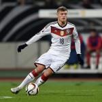 Toni Kroos volverá a llevar la manija alemana