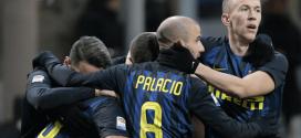 los jugadores del Inter celebran un gol