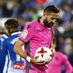 Morales a punto de lanzar frente al Espanyol