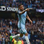 gabriel jesus celebrando un gol del manchester city en el etihad stadium
