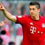 Lewandowski-celebrando-un-gol-compressor (1)