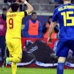 Rumanía celebrando un gol