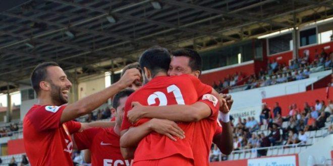 Tercera División (Grupos 2 y 5): Caudal – Colunga / Terrassa – Sants