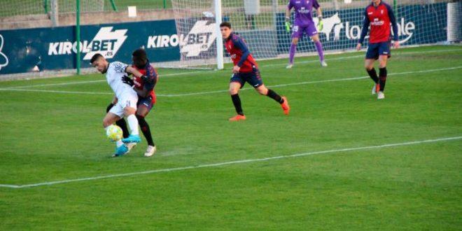 2ª división B (grupos 2 y 4): Osasuna B – Tudelano / RB Linense – Villarrobledo