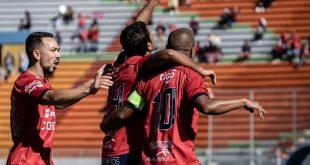 Guatemala / Bolivia : Guastatoya - Sololá / Jorge Wilstermann - San José